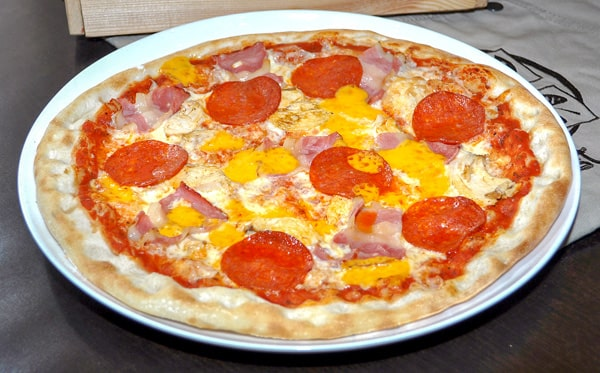 Пицца Пепперони и чеддер